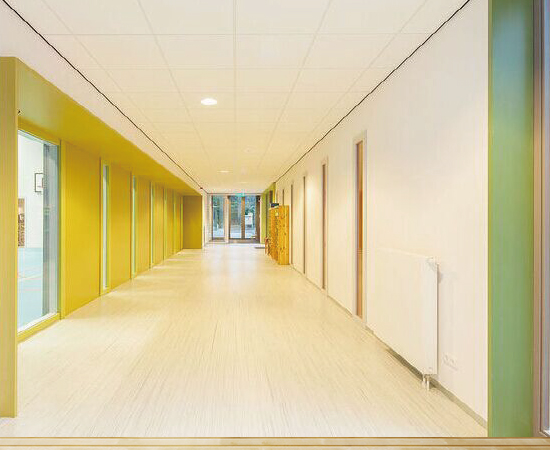 Vinyl wall protection <br />Creates a safe and hygienic environment <br />16 soft and plain colors to match the floor covering